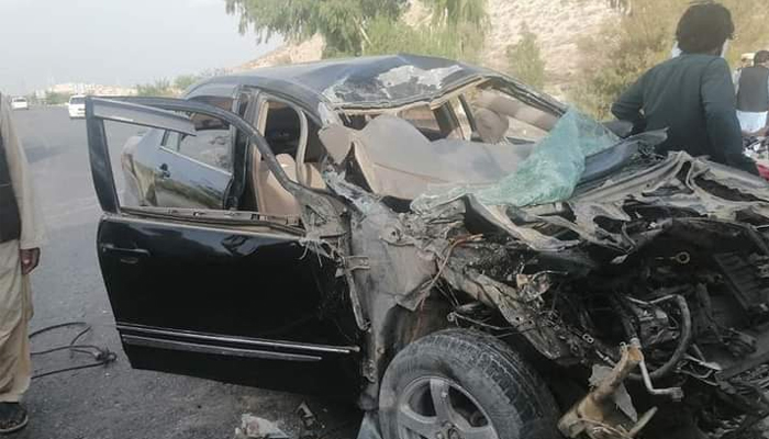 لورالائی:ٹرک اور کار کی ٹکر،2بچوں سمیت 5 افراد جاں بحق ،3زخمی