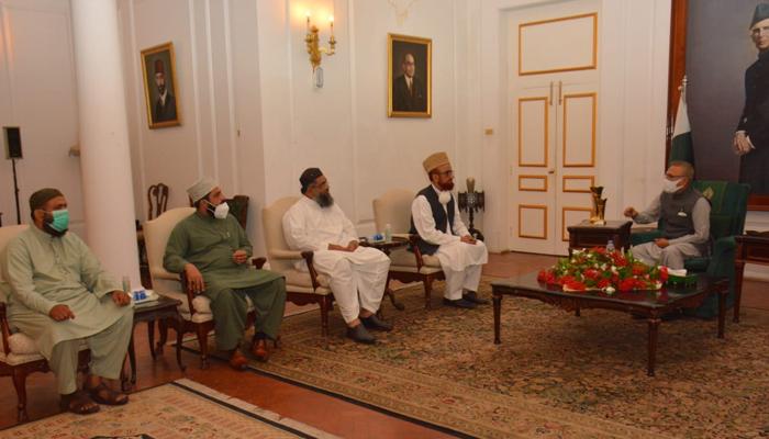 صدر مملکت سے مفتی منیب الرحمٰن کی قیادت میں وفد کی ملاقات