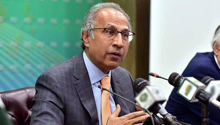 معیشت کو ترقی دینے کیلئے کراچی پر کام کرنا ہوگا، حفیظ شیخ