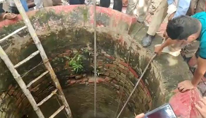 بھارت: گائے بچھڑے کو بچانے کے لیے کنویں میں کھودنے والے پانچ افراد ہلاک