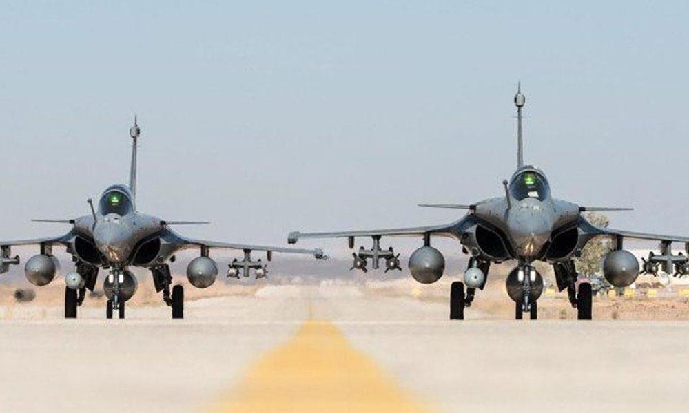 فرانس سے خریدے 5 رافیل طیارے بھارتی فضائیہ کے حوالے