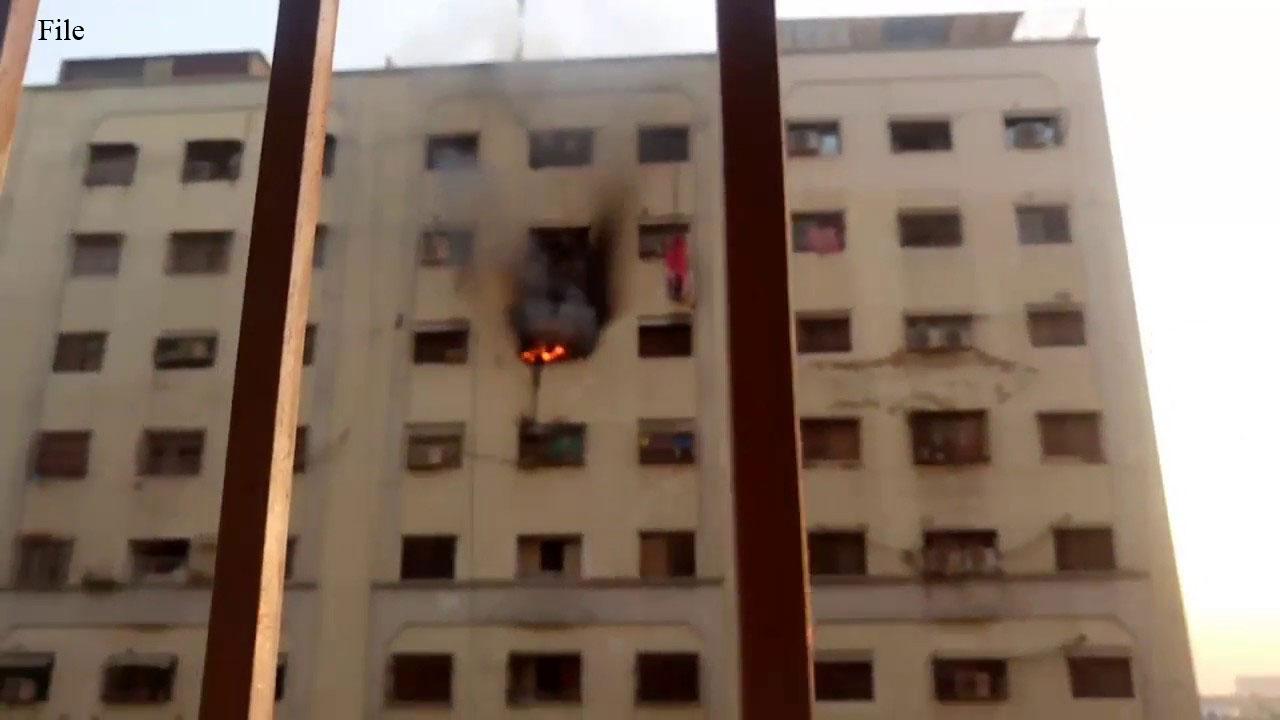 کراچی: گارڈن کے فلیٹ میں آتشزدگی، میاں بیوی شدید زخمی