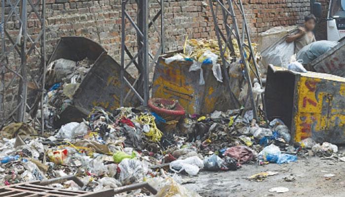لاہور میں 4 روز بعد صفائی آپریشن جزوی بحال