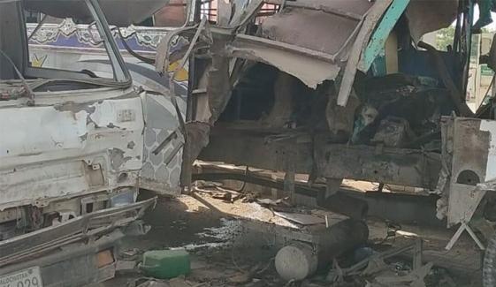 کراچی:سلنڈردھماکا،نوجوان کی ٹانگیں اڑ گئیں
