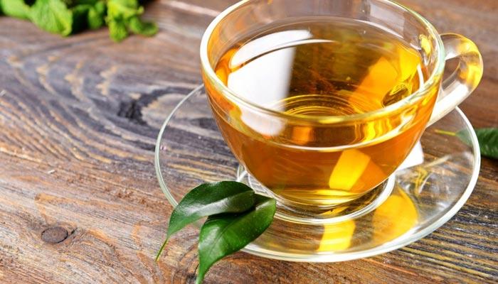 سبز چائے صبح سویرے فائدہ مند، کھانے کے بعد یا رات میں پینا نقصاندہ ہے، تحقیق