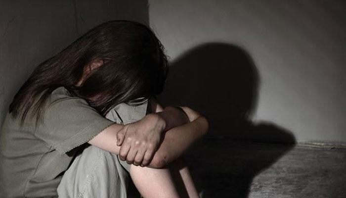 لاہور: سوتیلے باپ کی بیٹی سے مبینہ زیادتی