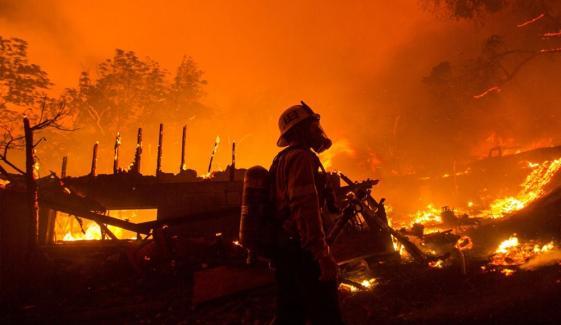 لاس اینجلس کاؤنٹی کی آگ سب سے بڑی قرار