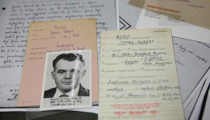 فلمی کردار جیمز بانڈ حقیقت میں برطانیہ کا جاسوس تھا
