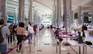 امارات میں غیرملکیوں کو ویزوں کا اجرا شروع