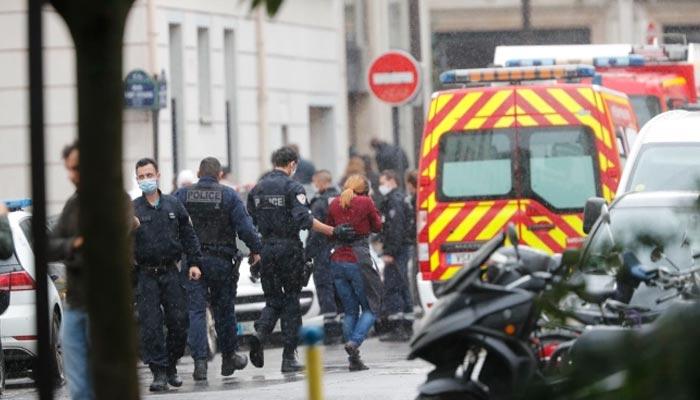 پیرس: چاقو حملے میں 4 افراد زخمی، دو کی حالت تشویشناک
