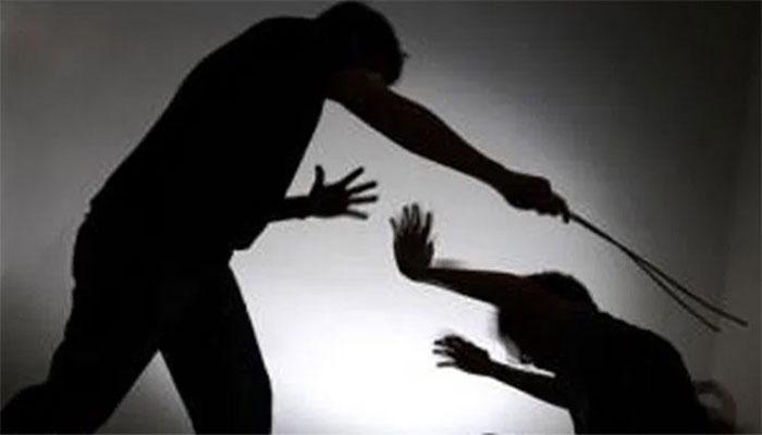لاہور: تشدد کے بعد لڑکی کا گلا کاٹنے کی کوشش کا الزام