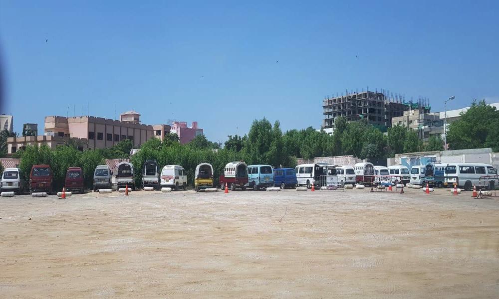 کراچی، گیس سلینڈر نصب اسکول وینز و دیگر گاڑیوں کیخلاف کارروائی