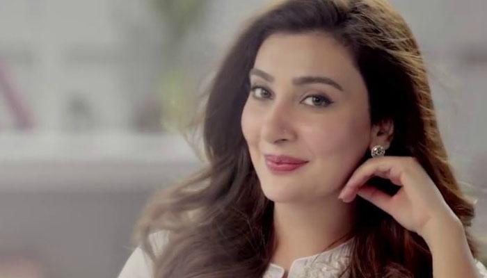 عائشہ خان کیلئے فخر اور خوشی کا سبب کون؟