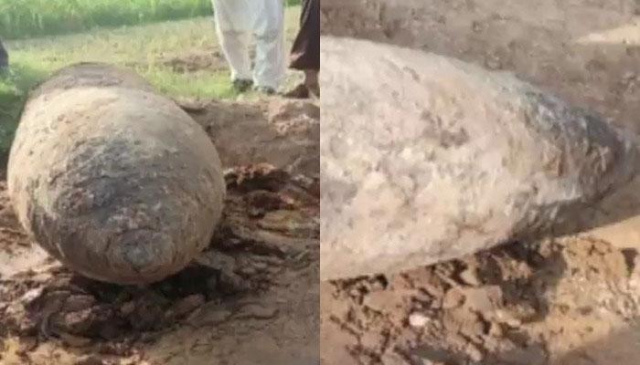فیصل آباد: ائیر پورٹ کے قریب سے 340 کلو کا تاریخی بم برآمد