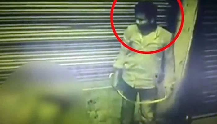 بھارت میں بھکارن کو قتل کرنیوالے ملزم کا چہرہ کیمرے میں آگیا