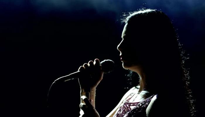 ''گیت'' غزل کی طرح اس میں بھی شخصی جذبات و احساسات کا اظہار ہوتا ہے