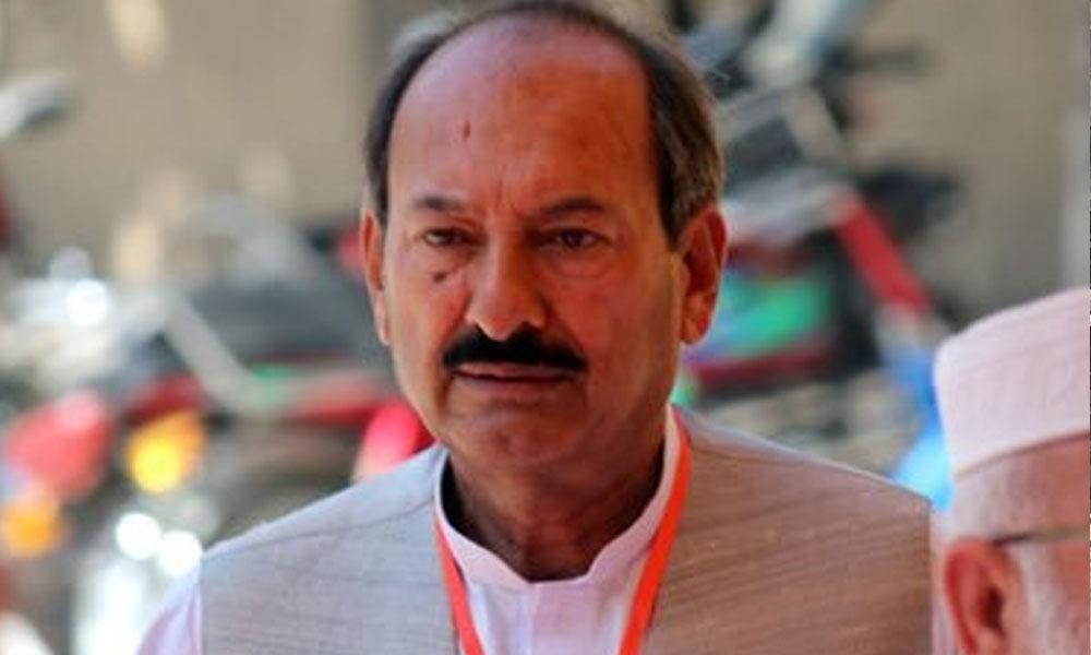 گرفتاری کیلئے چادر اور چار دیواری کا تقدس پامال کیا گیا، زاہد خان