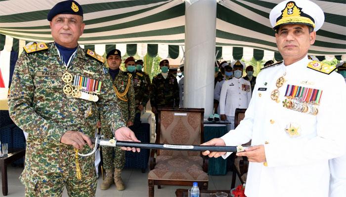 وائس ایڈمرل فیصل لودھی نے کمانڈر کراچی اور وائس ایڈمرل زاہد الیاس نے کمانڈر کوسٹ کی ذمہ داریاں سنبھال لیں