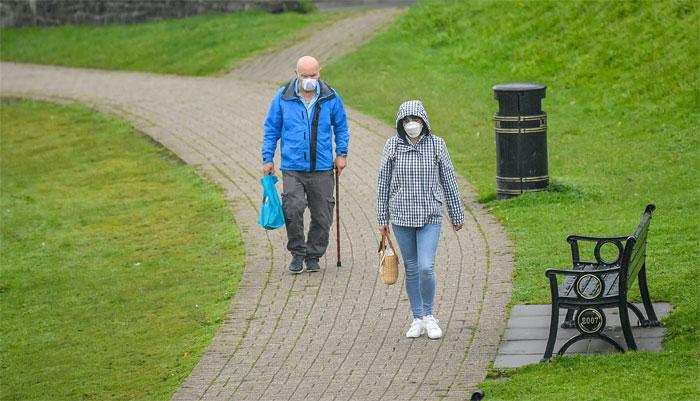 برطانیہ: ویلز میں بھی کورونا پابندیاں سخت کرنے کا فیصلہ