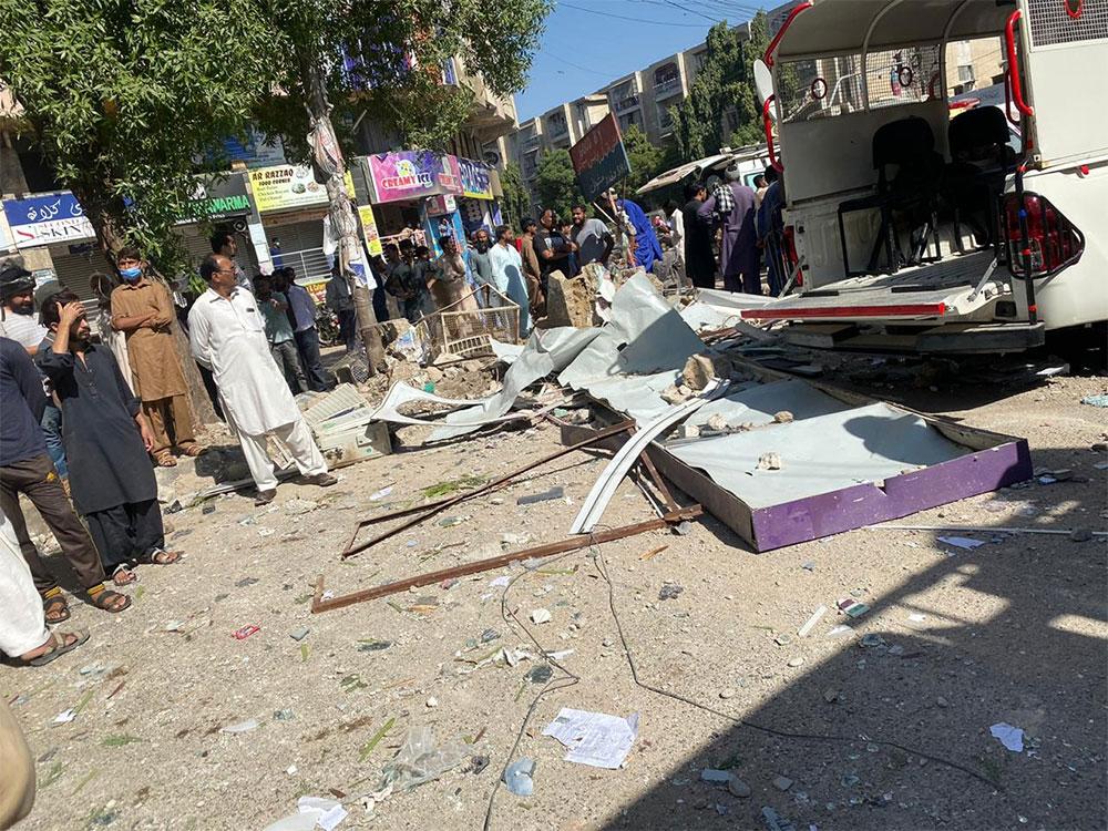 کراچی: گلشن اقبال کی رہائشی عمارت میں دھماکا، 5 جاں بحق