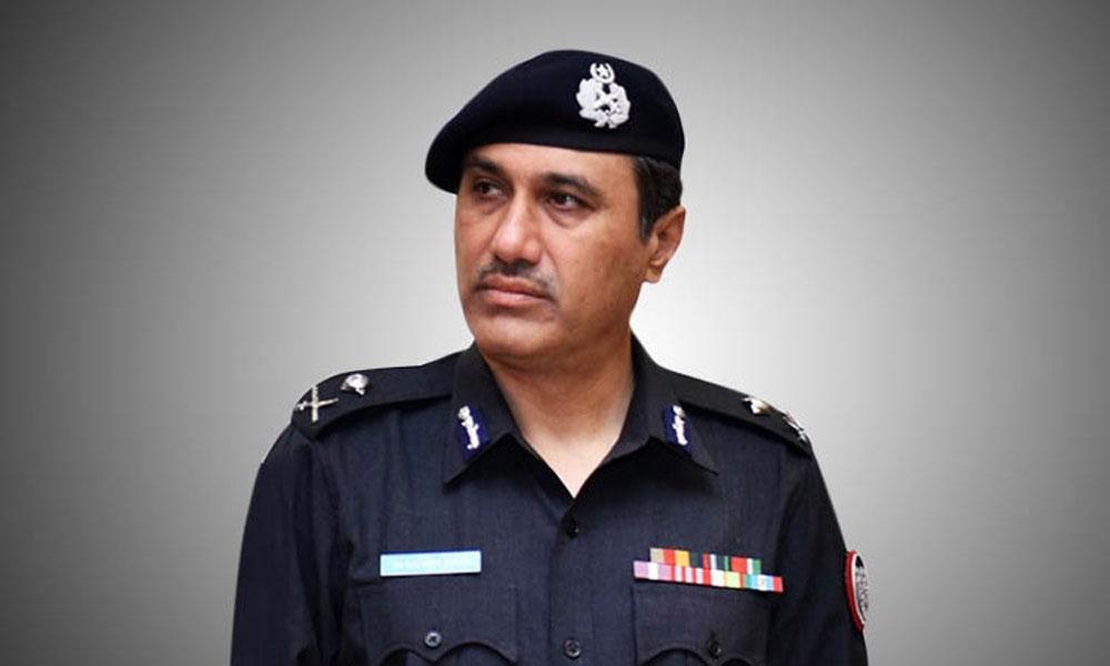 علی عمران کے لاپتہ ہونے کا مقدمہ درج کرنے کیلئے تیار ہیں، کراچی پولیس چیف
