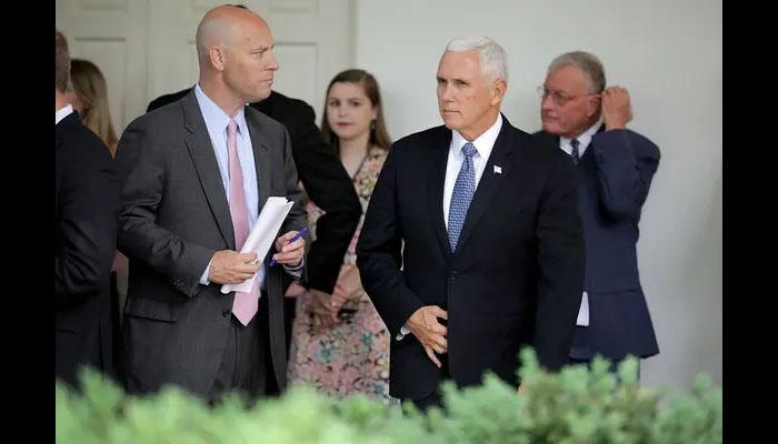 امریکی نائب صدر Mike Pence کے چیف آف اسٹاف کورونا وائرس میں مبتلا