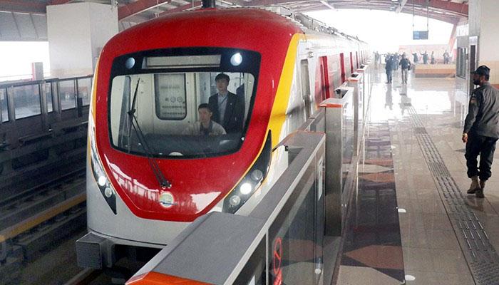 اورنج لائن ٹرین منصوبہ 1.6 ارب ڈالر کا تھا، جہانزیب کھچی