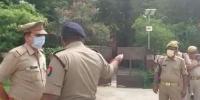 بھارت: پڑوسیوں نے لڑکی کو چھت سے پھینک دیا