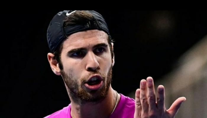 شکست پر ٹینس کھلاڑی آپے سے باہر،ویڈیو وائرل