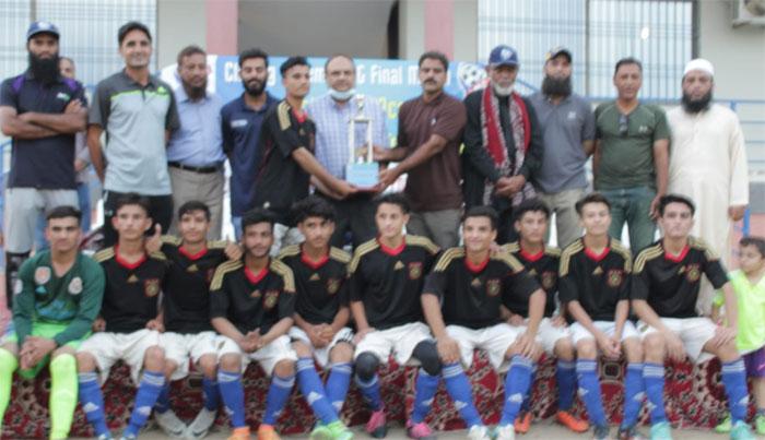 کراچی انٹراکیڈمی انڈر 15 فٹ بال ٹورنامنٹ خیبر مسلم نے جیت لیا