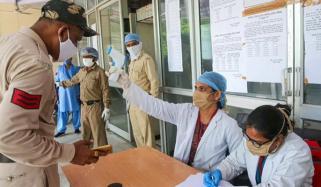 بھارت میں کورونا مریضوں کی تعداد80 لاکھ کے قریب پہنچ گئی
