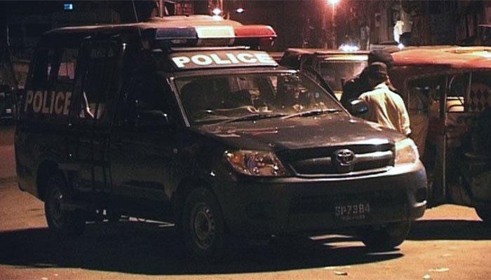 کراچی میں مبینہ پولیس مقابلہ: ڈاکو ہلاک، اہلکار جاں بحق
