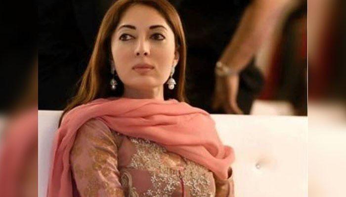 شرمیلا فاروقی نے ایک بار پھر اپنا مذاق بنوالیا