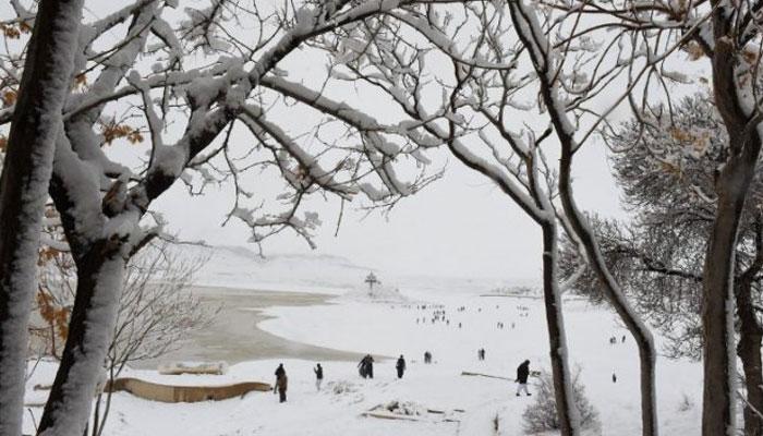 استور میں بارش اور بالائی علاقوں میں برف باری