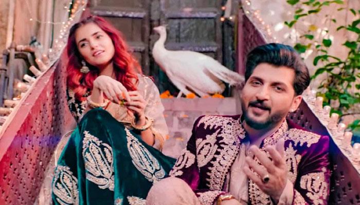 بلال سعید اور مومنہ مستحسن کا'باری 2' ریلیز کرنے کا اعلان