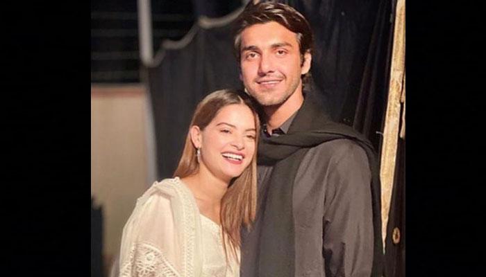 منال خان اور احسن محسن کی نئی تصویر منظر عام پر