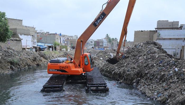کراچی: برساتی نالوں پر قائم 800 مکانات گرانے کا حتمی فیصلہ