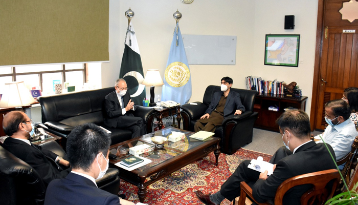 پاکستان افغانستان کیلئے تجارتی راہداری کا کام کرسکتا ہے، معید یوسف