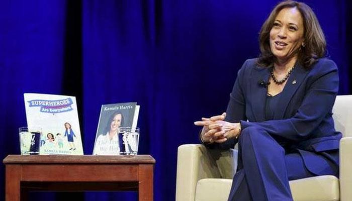 کملا ہیرس کی کتابوں کی مقبولیت میں اضافہ