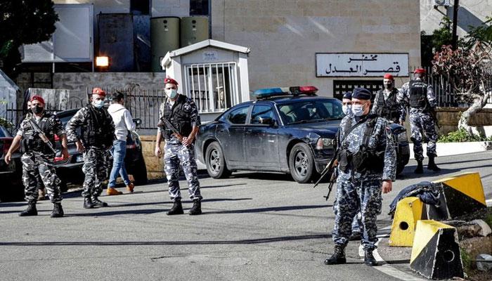 لبنانی جیل توڑ کر ستر قیدی فرار، پانچ حادثے میں ہلاک