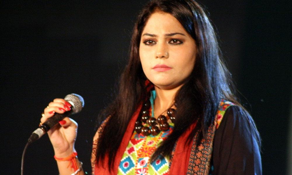 گلوکارہ صنم ماروی کے بچوں کی حوالگی کا فیصلہ سنا دیا گیا