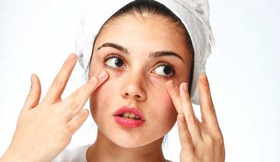 موسم سرما میں خشلک جلد کا خیال کیسے رکھا جائے؟