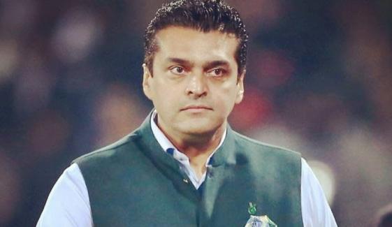 12 گھنٹے سے گھر پر بجلی نہیں: فخر عالم