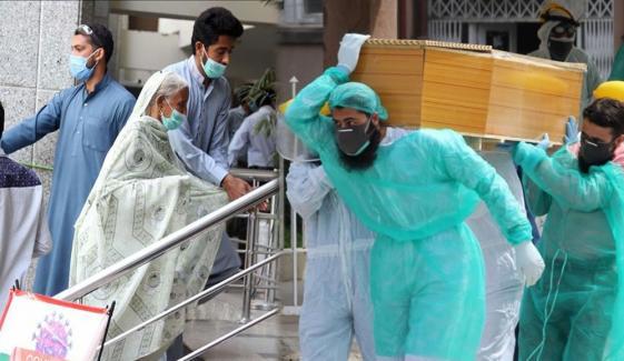 پاکستان: کورونا وائرس کیسز 386198، اموات 7843