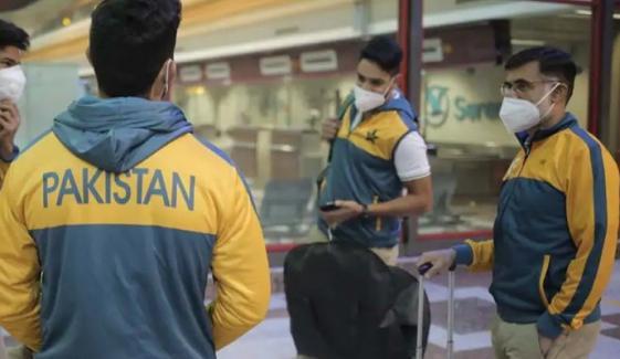 پاکستانی اسکواڈ کے 6 ارکان کو کورونا کیسے لگا؟