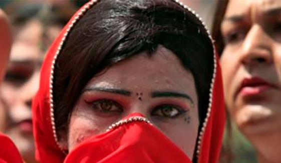 کے پی اسمبلی: خواجہ سراؤں کو حج و عمرہ کی اجازت سے متعلق قرارداد جمع