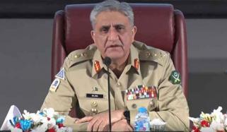 دفاع پاکستان میں پی او ایف ریڑھ کی ہڈی کا کردار ادا کررہی ہے، آرمی چیف
