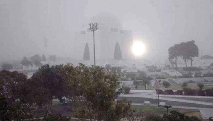 کراچی، رات میں موسم سرد رہنے کا امکان