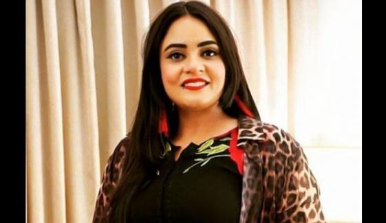 نوجوان گلوکارہ ایمان فاطمہ کے نئے گانے کی لانچنگ تقریب