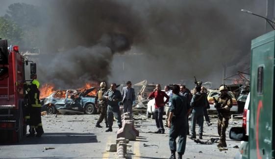 افغانستان: خودکش دھماکا، سیکیورٹی فورسز کے 26 اہلکار ہلاک،17 زخمی